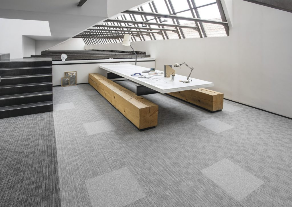 72_dpi_4A8F_RoomSet_carpet_TRUST_920_940_AVENUE_920_GREY_2