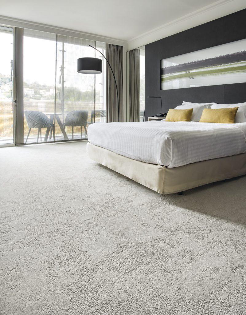 72_dpi_4A9L_RoomSet_carpet_LOUVRE_605_BEIGE_1