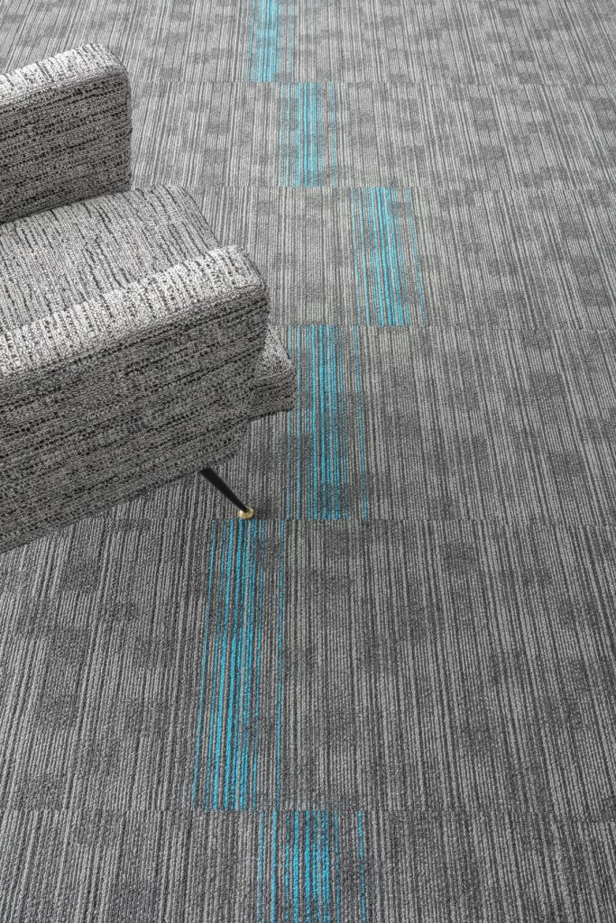 72_dpi_4B2H_CloseUp_carpet_TRUST_940_TRUST STRIPES_914_GREY_1