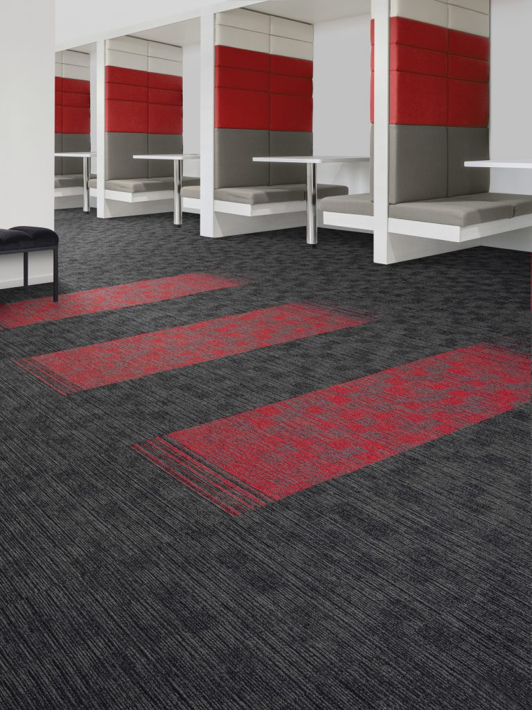 72_dpi_4B7O_Roomset_carpet_TRUST 570_960_TRUST LINK_590_RED_2