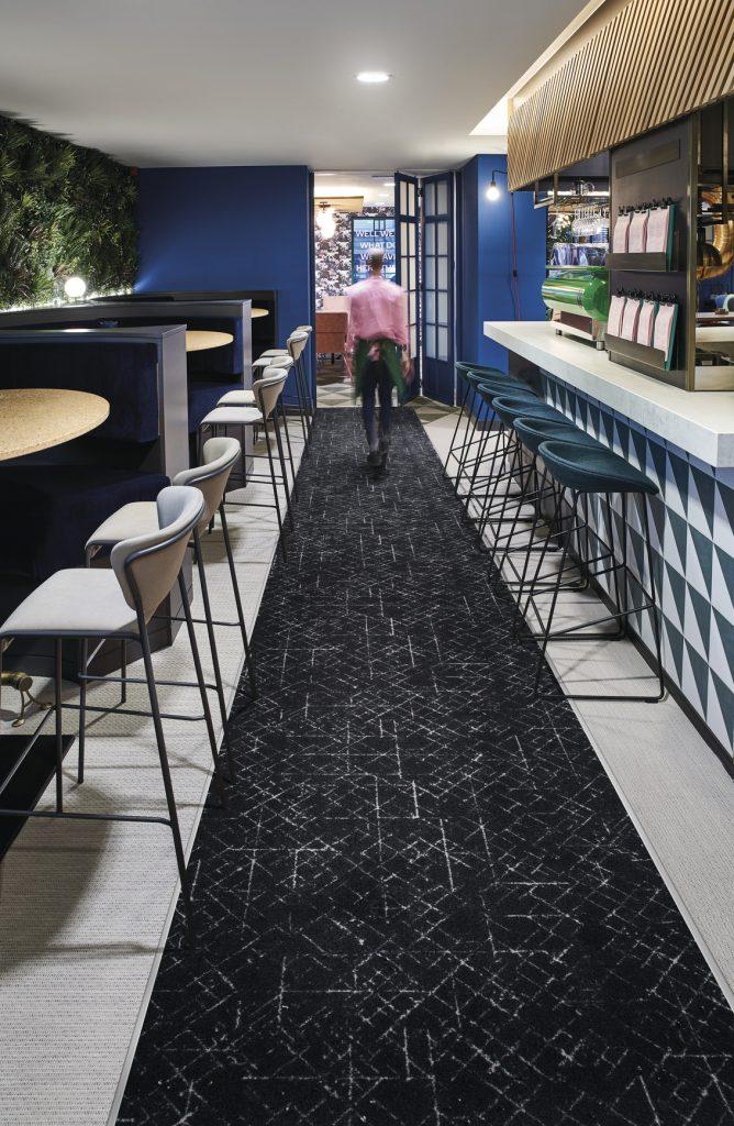 72_dpi_4MI8_RoomSet_carpet_Graph_970_GREY_2